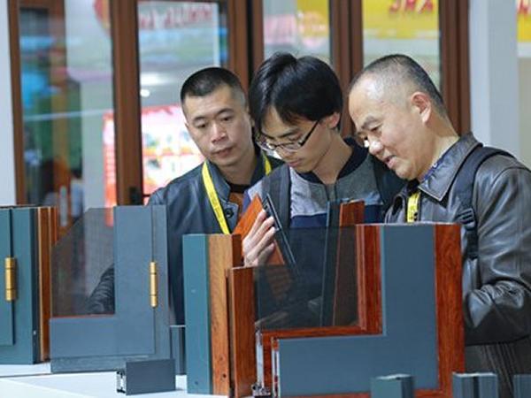 Cơ hội phát triển trên thị trường cửa nhôm và cửa sổ toàn cầu